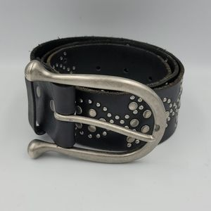 - Linea Pelle leather belt M